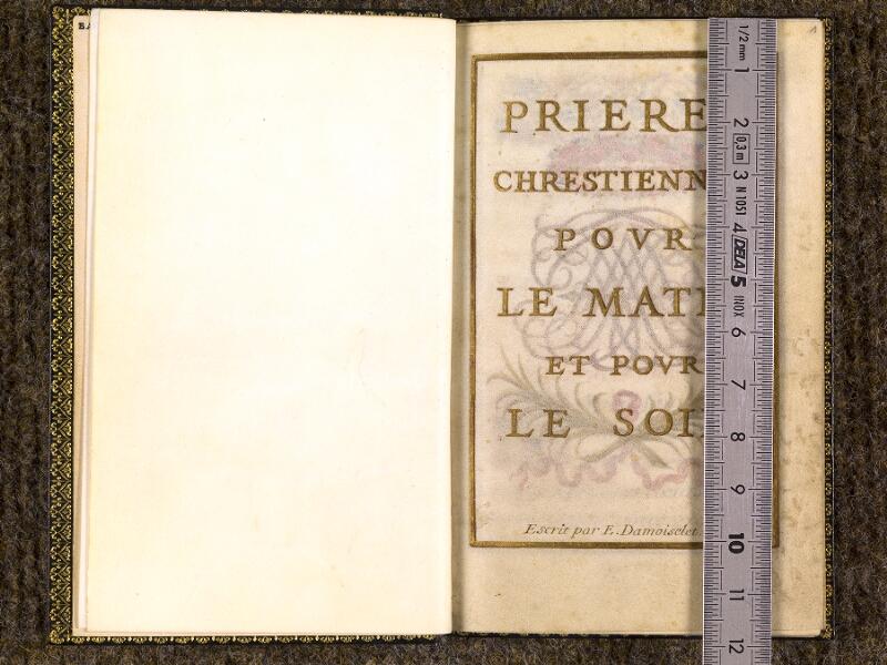 CHANTILLY, Bibliothèque du château, 0109 (1368), f. 000Bv - 001 avec réglet
