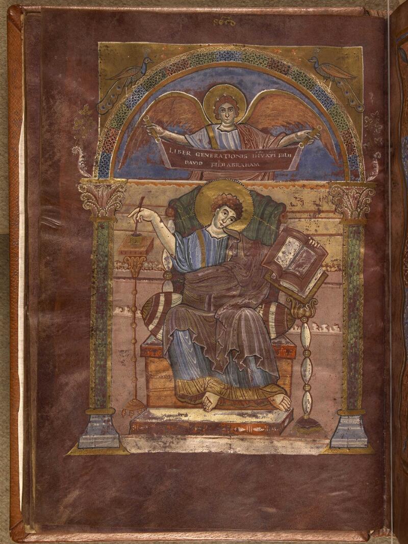 Abbeville, Bibl. mun., ms. 0004, f. 017v - vue 1