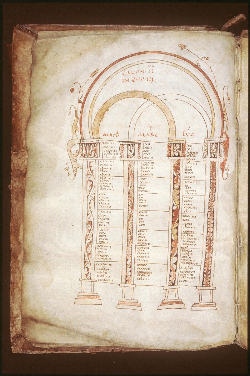 Alençon, Bibl. mun., ms. 0084, f. 002v