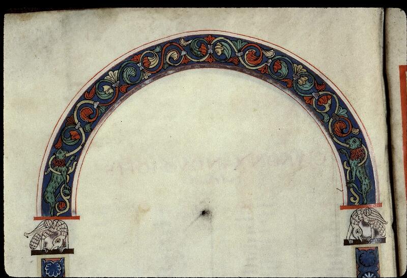 Angers, Bibl. mun., ms. 0022, f. 010v - vue 2