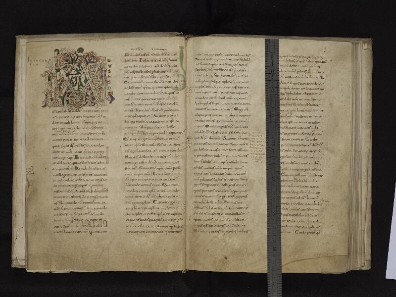 ARRAS, Bibliothèque municipale, 0548 (0616), f. 002v - 003r avec regle