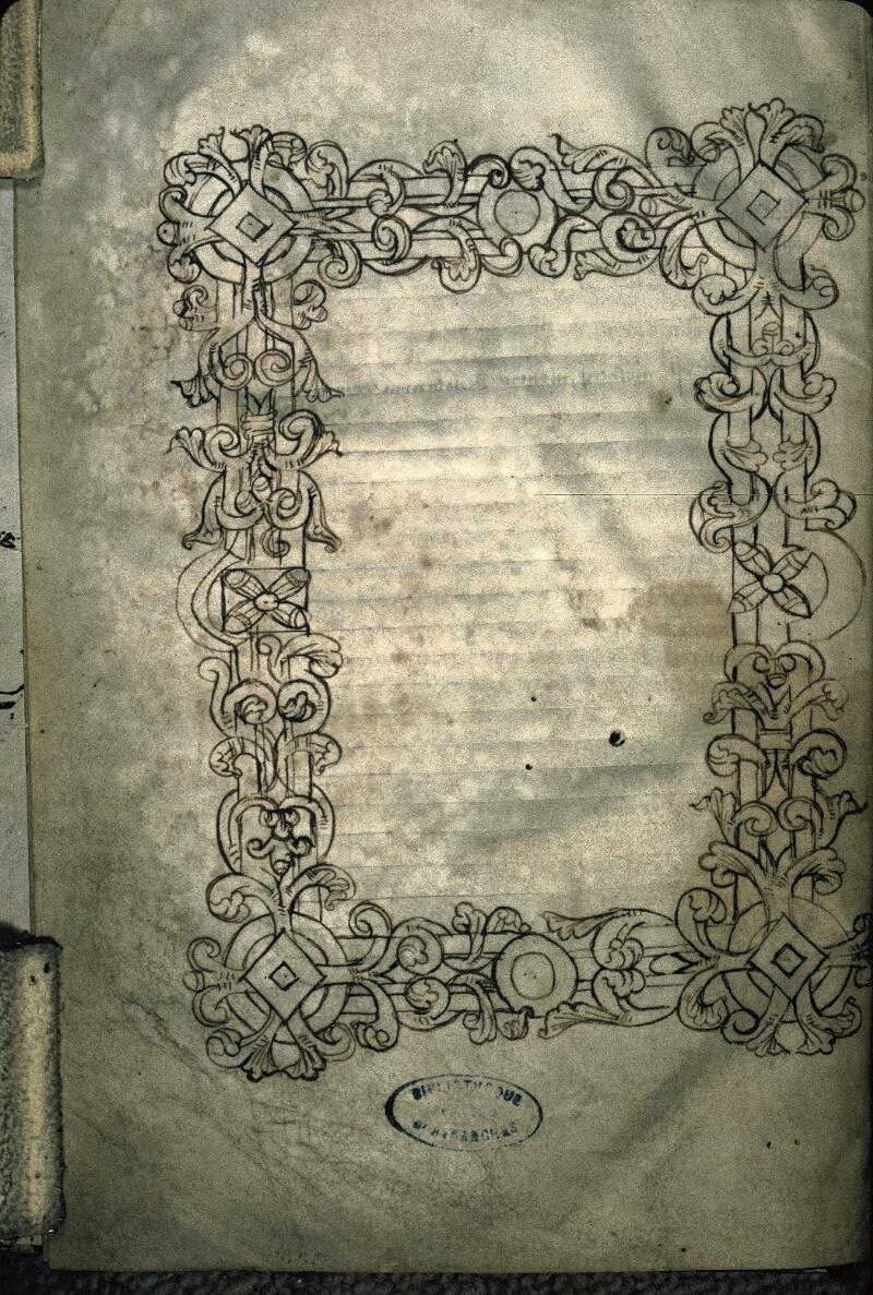 Avranches, Bibl. mun., ms. 0163, f. 002v