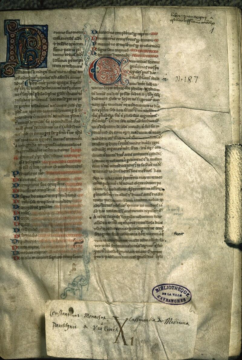 Avranches, Bibl. mun., ms. 0233, f. 001