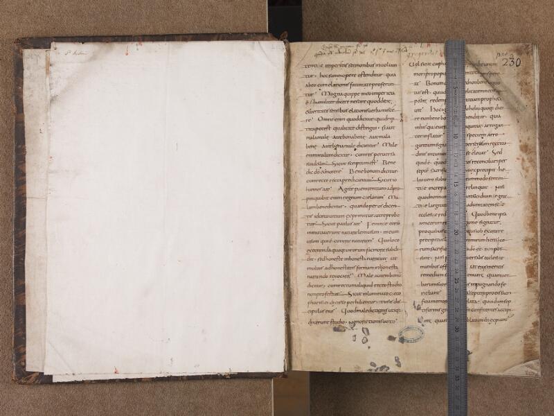 BOULOGNE-SUR-MER, Bibliothèque municipale, 0071, t. I, garde verso - f. 001r avec réglet