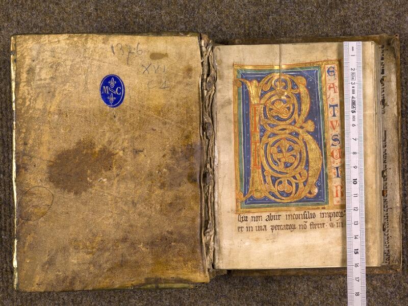 CHANTILLY, Bibliothèque du château, 0008 (1376), contreplat supérieur - f. 001 avec réglet