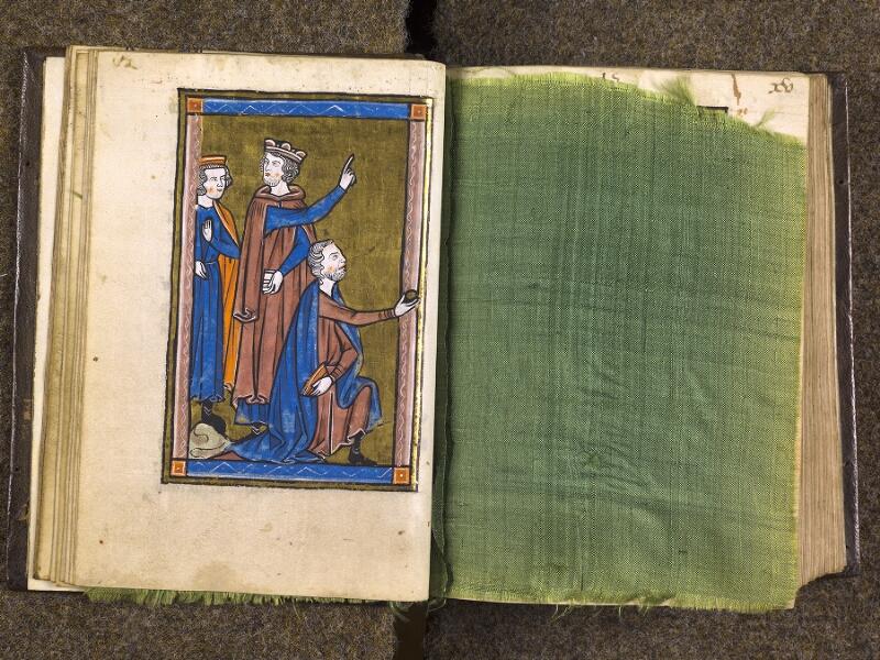 CHANTILLY, Bibliothèque du château, 0010 (1453), f. 014v - feuille de soie