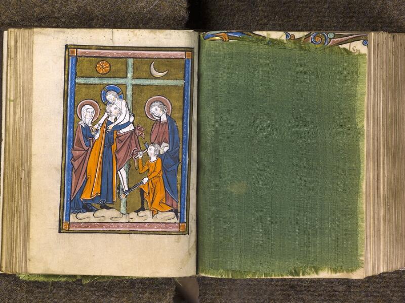 CHANTILLY, Bibliothèque du château, 0010 (1453), f. 045v - feuille de soie