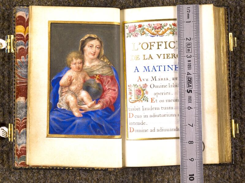 CHANTILLY, Bibliothèque du château, 0092 (1673), p. 000F - 001 avec réglet
