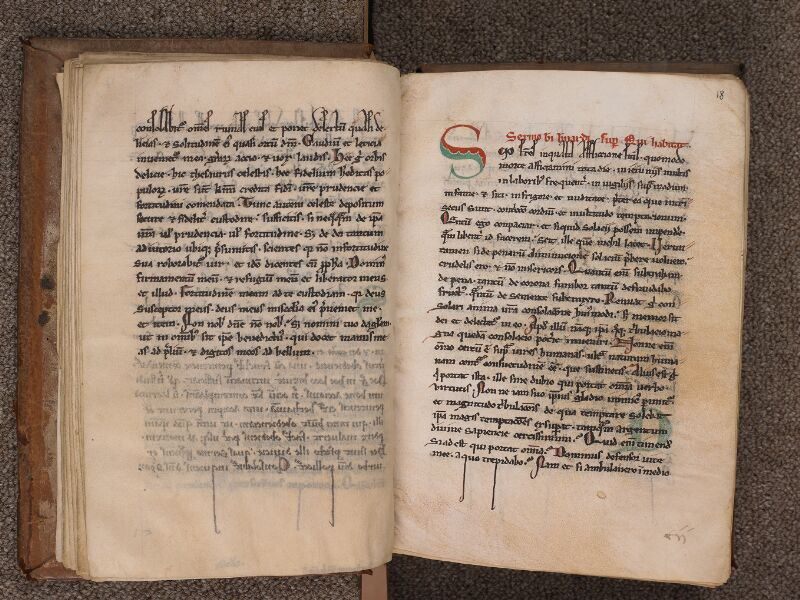 SEES, Archives diocésaines, 016 (T. o. 4), f. 017v - 018r