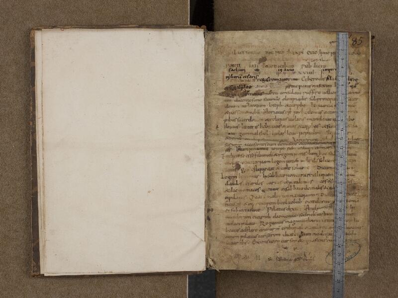 SAINT-OMER, Bibliothèque municipale, 0202, f. 000Dv - 001 avec réglet