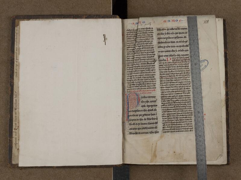 SAINT-OMER, Bibliothèque municipale, 0212, f. 000Bv - 001 avec réglet