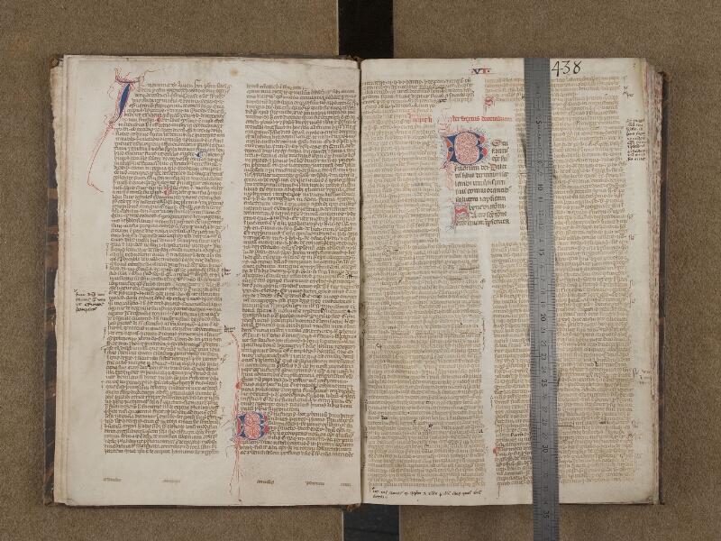 SAINT-OMER, Bibliothèque municipale, 0438, f. 001v - f. 002 avec réglet