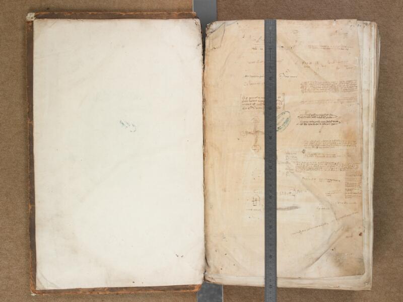 SAINT-OMER, Bibliothèque municipale, 0451, 000Av - f. 001 avec réglet