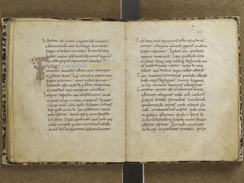 SEMUR-EN-AUXOIS, Bibliothèque municipale, 001, f. 022v - 023