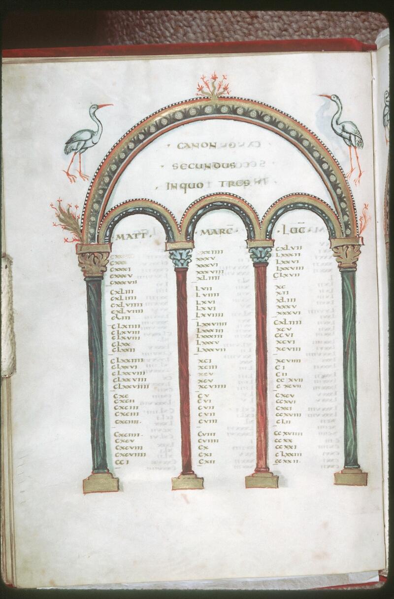 Tours, Bibl. mun., ms. 0022, f. 009v - vue 1