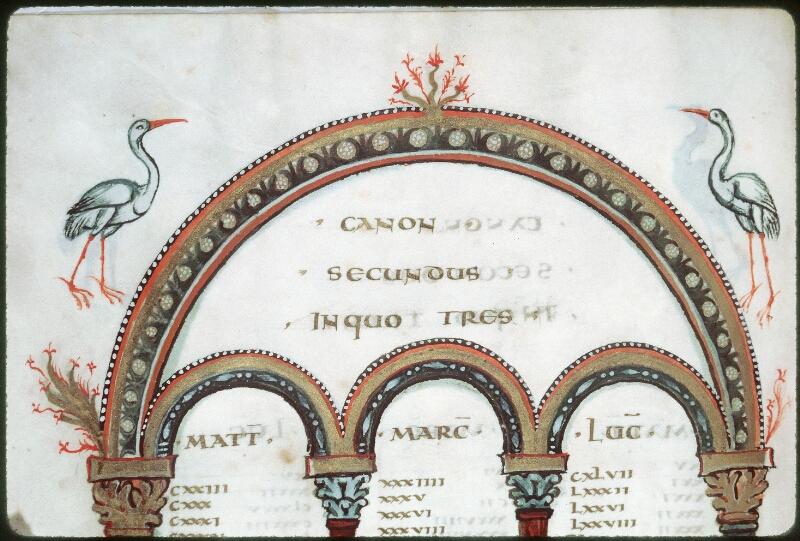 Tours, Bibl. mun., ms. 0022, f. 009v - vue 2
