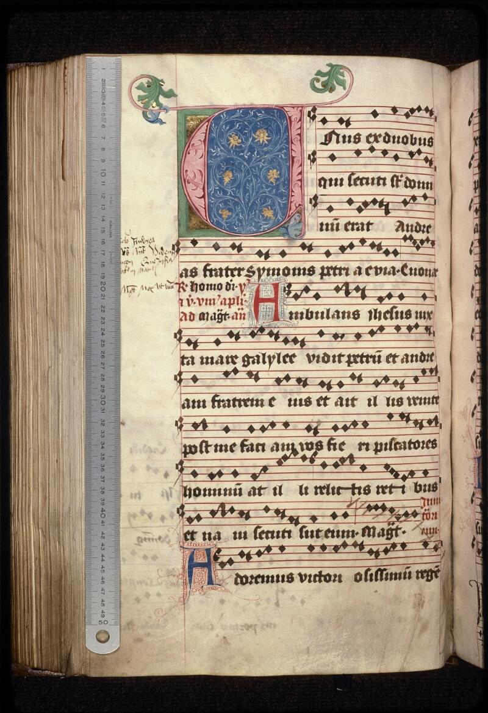 Prague, Musée nat., Bibl., XII. A. 24, f. 176v - vue 1