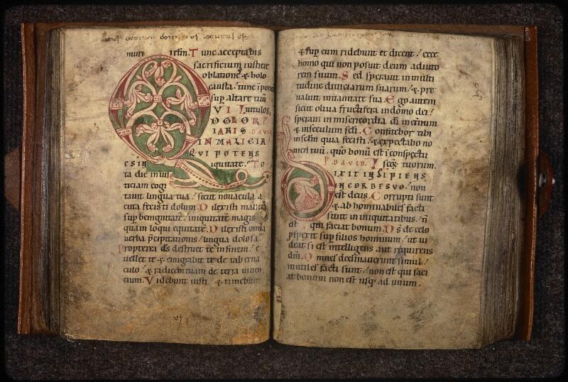 Prague, Musée nat., Bibl., XV. F. 26, f. 040v-041