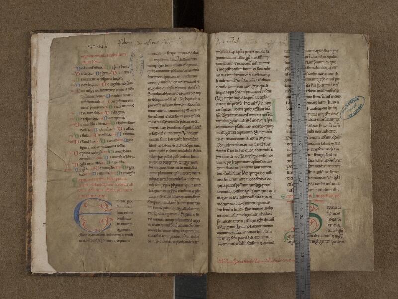 SAINT-OMER, Bibliothèque municipale, 0148, f. 001v – 002 avec réglet