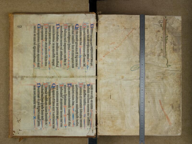 SAINT-OMER, Bibliothèque municipale, 0453, contreplat supérieur - f. 001 avec réglet